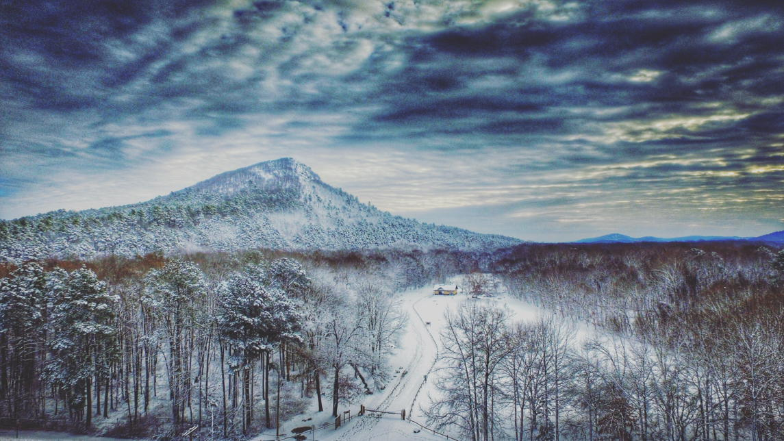 Simply an amazing picture of pinnacle Mountain from Billy Cannon #ARWX https://t.co/65CMrUUYt5