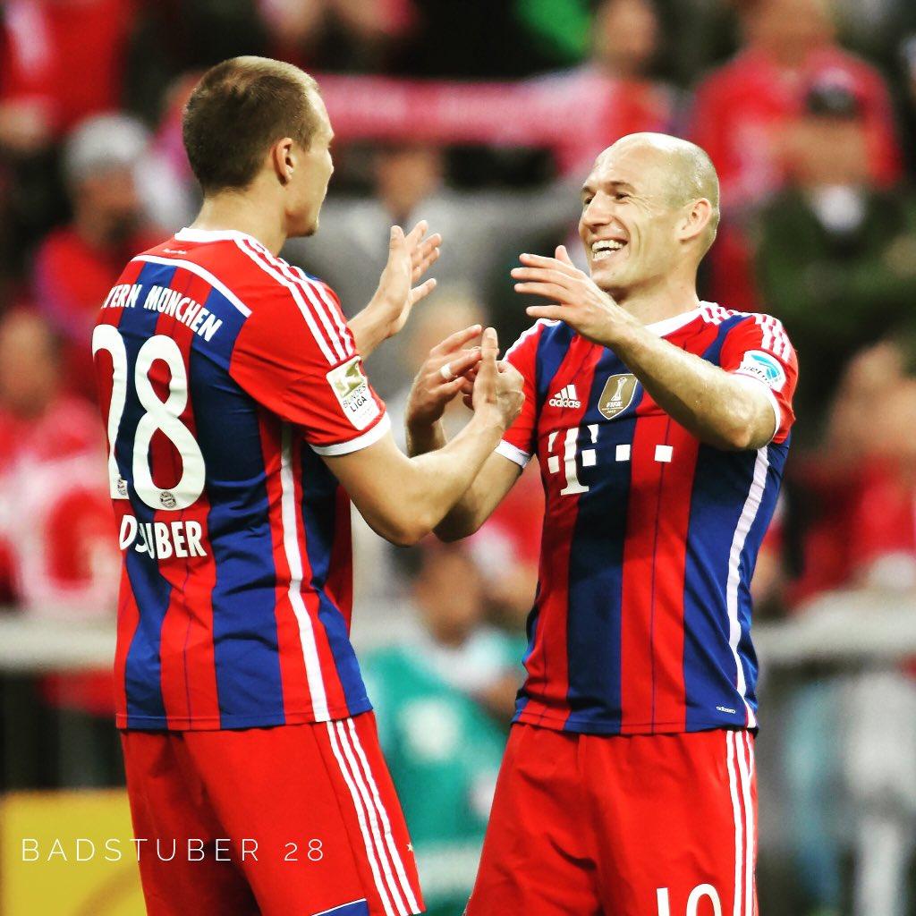 [10] [Mittelfeld] Arjen #Robben  CZZcCuLW0AE-EJX