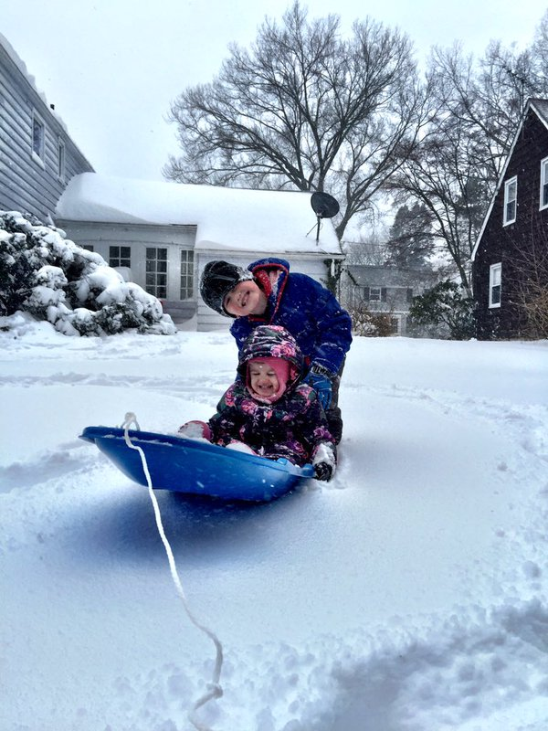 Here's your photos from around Central Jersey as we hang out with #Jonas #MyCJWeather https://t.co/30hr9znADV https://t.co/rB5PLyHyZZ