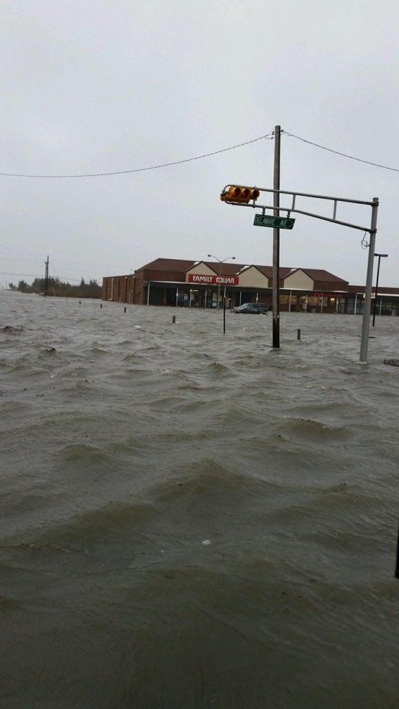 Blizzard Watch: Storm Brings Major Coastal Flooding to East Coast