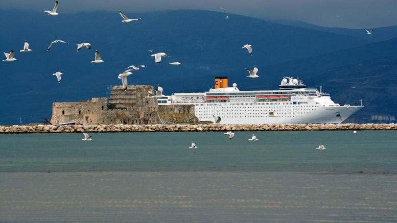 Crociera Grecia Antica e Meteore a bordo della nave Costa neoClassica