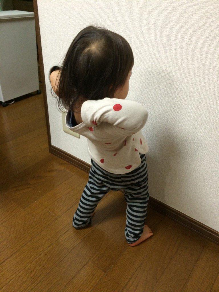 娘も感動のあまり琴奨菊のマネを始めました。 https://t.co/aXD7X3zadS