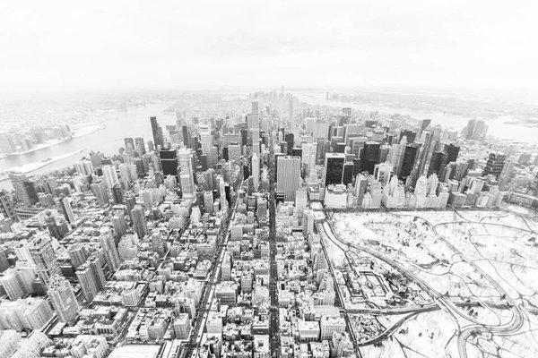 """No es """"El día después de mañana"""" es el día de ayer. Nueva York #Jonas. Vía @resinajordi https://t.co/806i8ELH9b"""