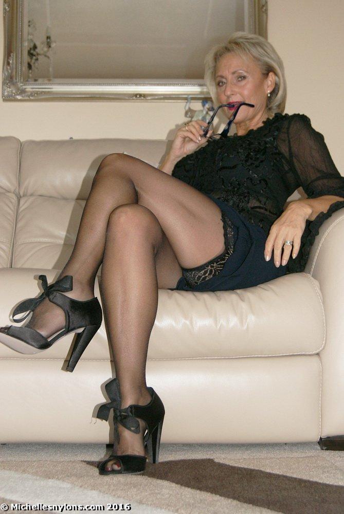 pics Michelle nylons
