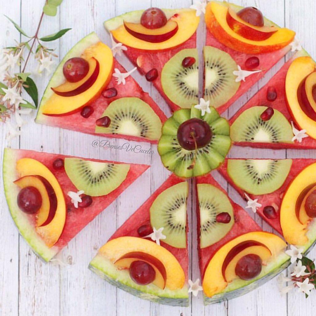 Pizza de frutas 😍 https://t.co/oVgUZl7JTS