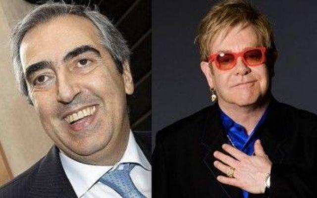Maurizio Gasparri ed Elton John