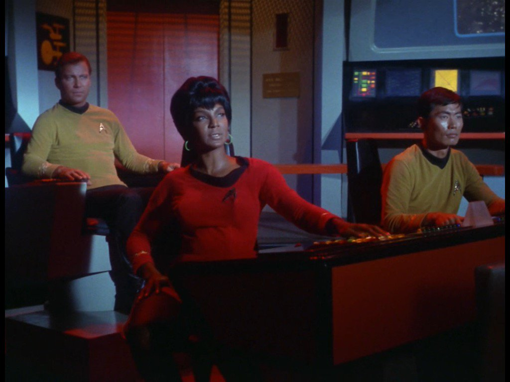How race and gender shaped Uhura's role in TOS or how come Uhura ...