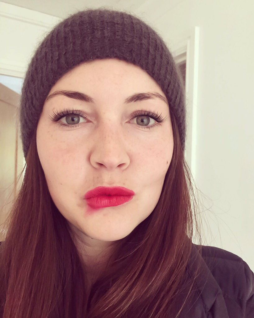 Lacey Turner earned a  million dollar salary, leaving the net worth at 5 million in 2017