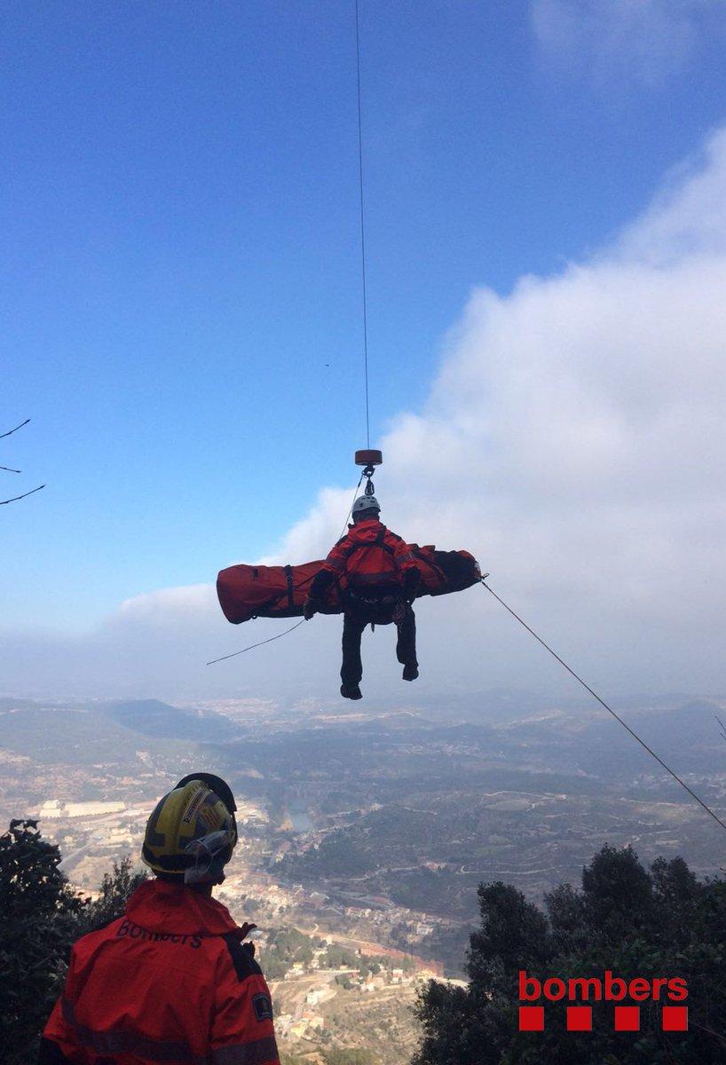 Rescat escaladora a Montserrat