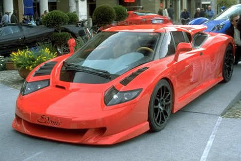 世界で1番ふざけた顔してる車ってエドニスV12だよね pic.twitter.com/fAEIVs5ICw