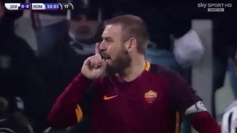 """Juve-Roma Moviola: De Rossi a Mandzukic """"Zingaro di m..."""", rischio sanzione con la prova TV"""