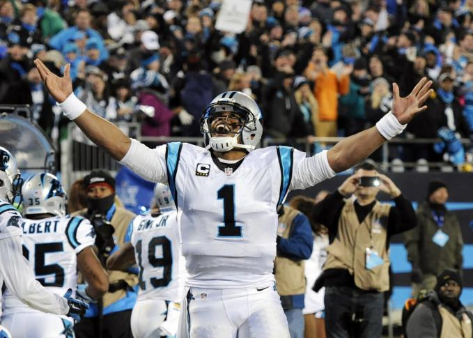 Cam goes over the top for another TD and the @Panthers lead is 24-7 in 2Q. #KeepPounding  https://t.co/nlGw60xSxy https://t.co/pMrNojUOn7