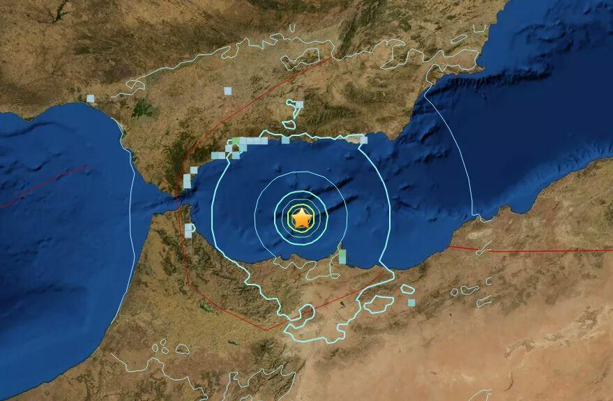 Imagen actualizada de las zonas afectadas por el #terremoto. Ha habido varias réplicas de menor intensidad. https://t.co/QZzxe5PCxq