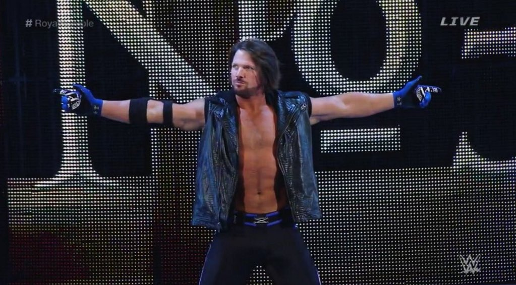 Without a doubt the best moment of #WWE's #RoyalRumble tonight... @AJStylesOrg!!! https://t.co/2KfjAh7BQz