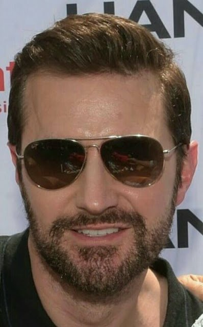 #RichardArmitage Vote for him as best supporting actor.https://t.co/BjdBNoggiY … Then visit https://t.co/bOTQHmcgNx https://t.co/NWaJjBx4Ox