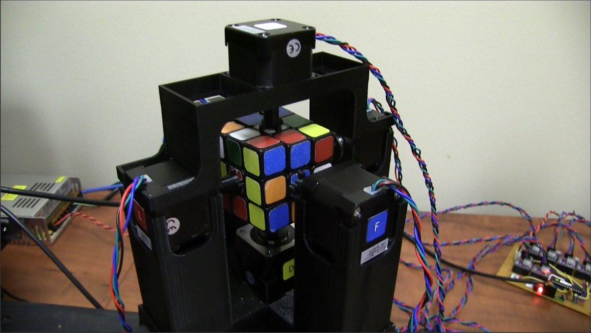 World's Fastest Rubik's Cube Solving Robot https://t.co/5aLZXmL50j >@youtube https://t.co/3x2gBtpj0J