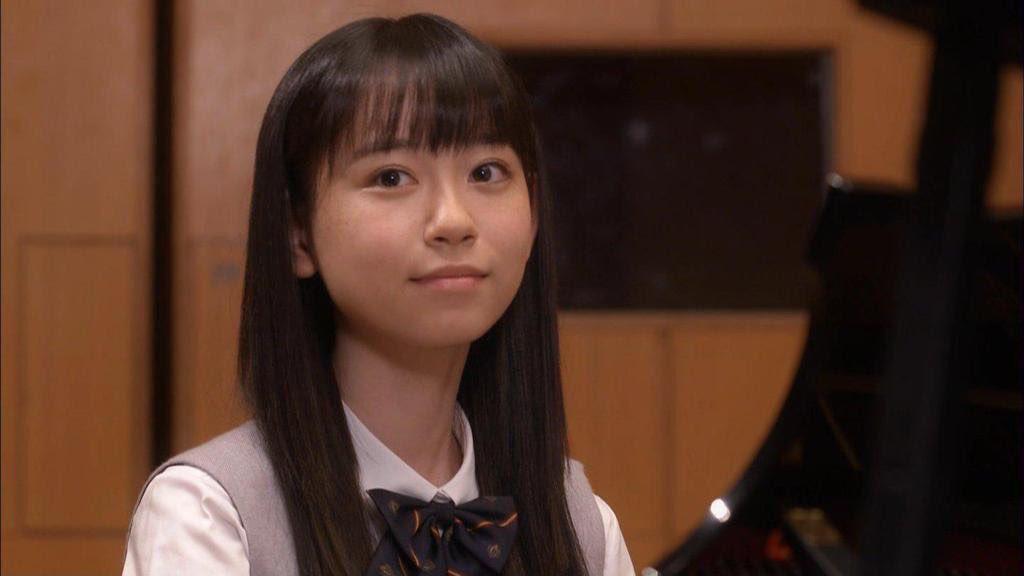 柴田杏花ストレートヘア