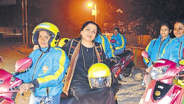 Bikxie Pink: A two-wheeler taxi service for women, by women (Reports @SunnySen) https://t.co/BIAuUiQkEn