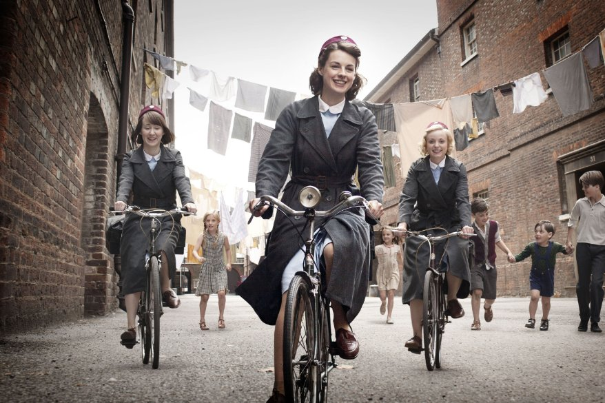 CALL THE MIDWIFE chronicles the lives of a group of midwives living in East London in the late 1950s to early 1960s. https://t.co/GDwppu6uRV