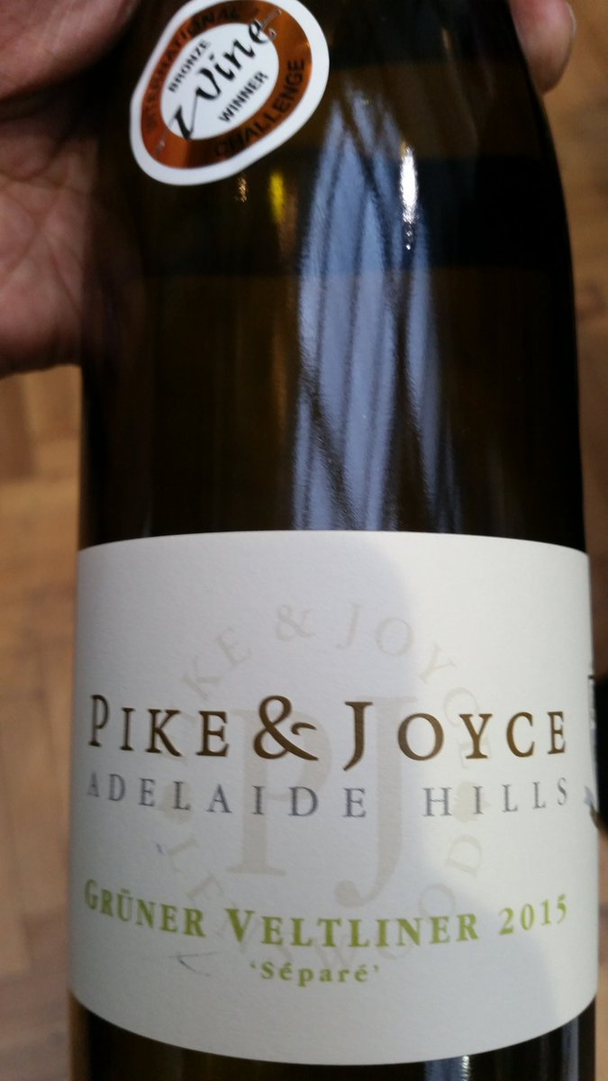 Most convincing new world Grüner I've tried, courtesy of @PikeAndJoyce https://t.co/udZw0L0Lna