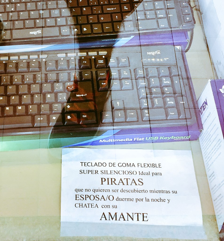 Marketing de teclados en Galerías Jardín https://t.co/yYCH4uas3O