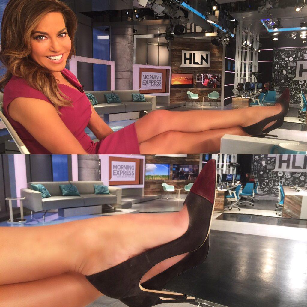 Robin meade legs