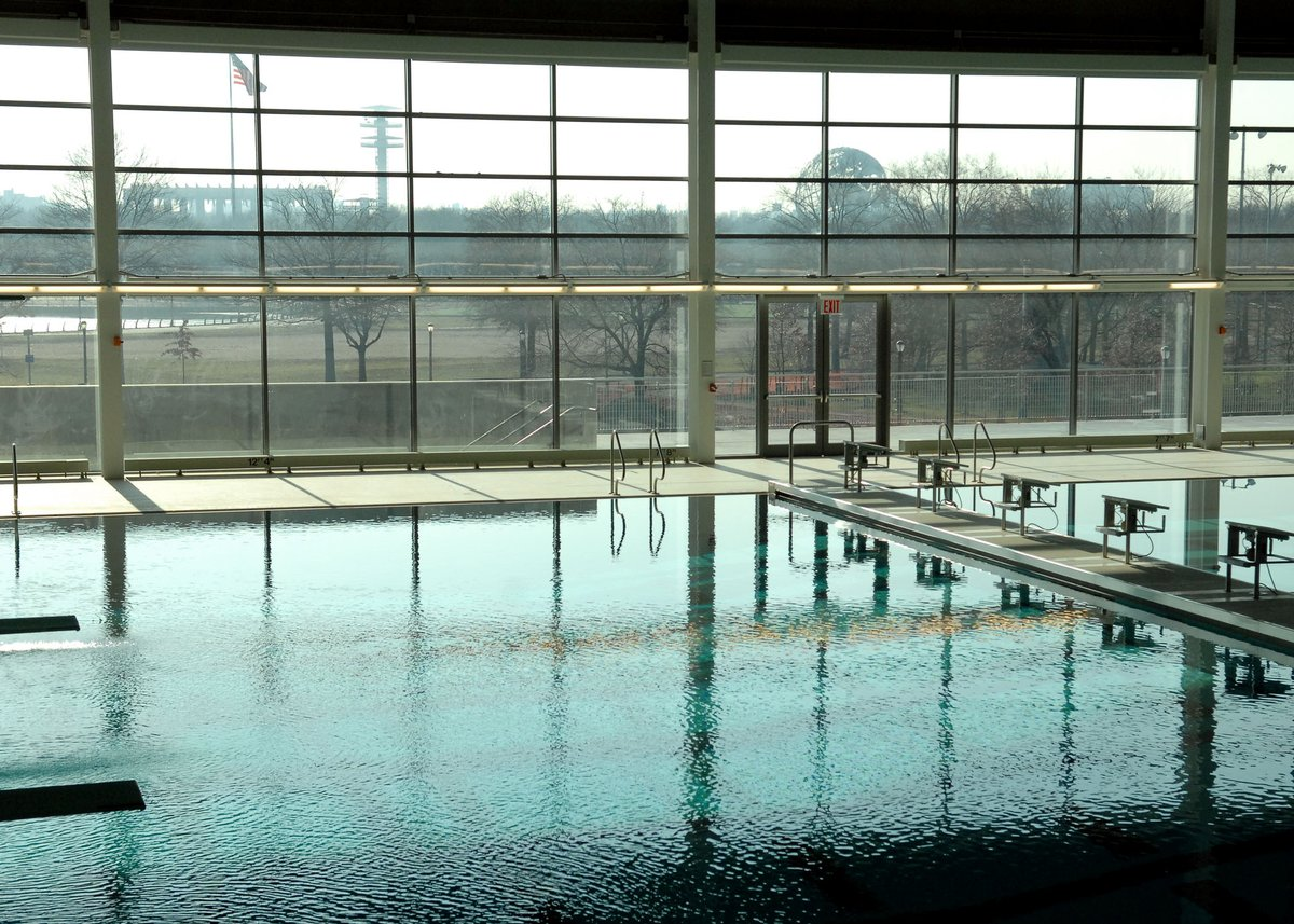 Go for a swim at one of @NYCParks' indoor pools. Find one that's near you at