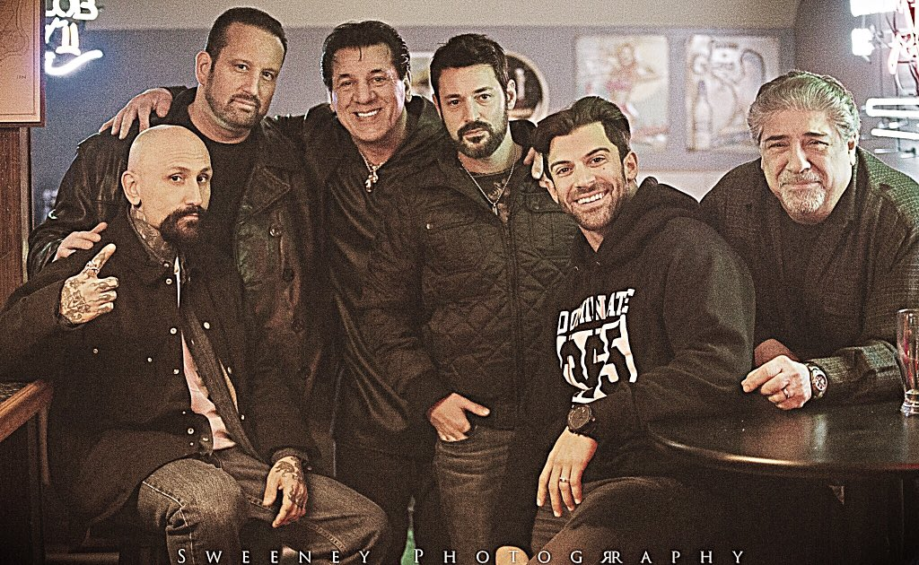On the set of &quot;House Rules&quot; w/ @robertlasardo @THETOMMYDREAMER , Chuck Zito, Producer David Gere and Vincent Pastore<br>http://pic.twitter.com/fMqPZhp40g