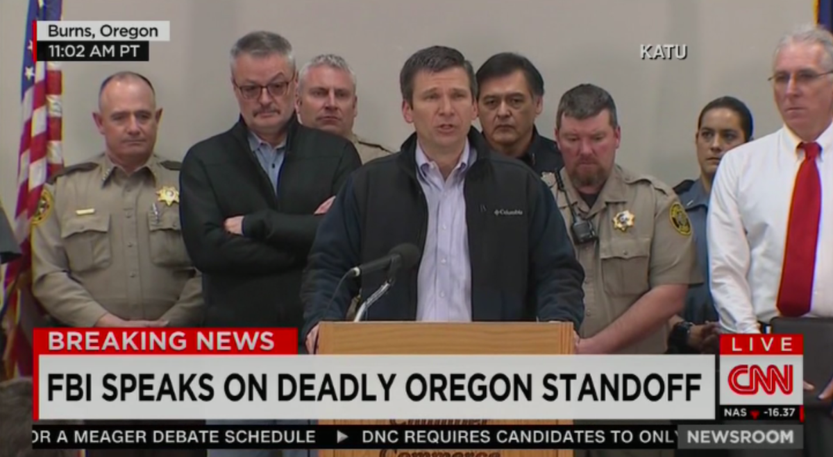 "FBI Update On #OregonStandoff:  -Still people ""illegally occupying"" refuge -Won't yet release name of person killed https://t.co/f5hs95ygpm"