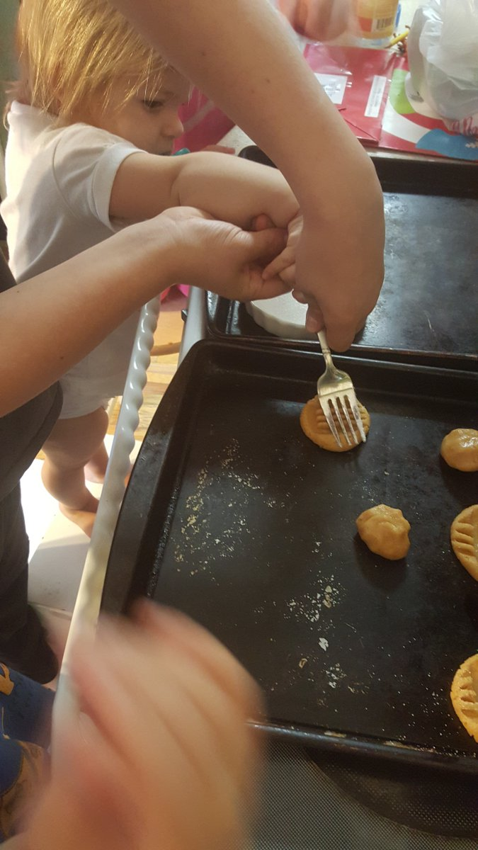 Baking with my kids is my #formulaforhappiness https://t.co/fY0W64wDyF #ad https://t.co/15hOHxrtef