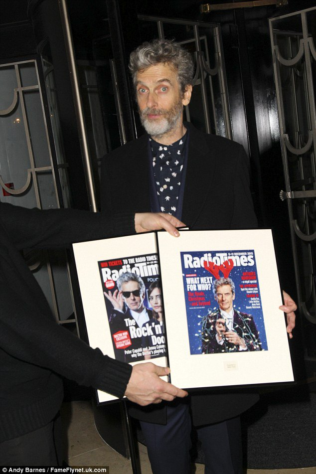 Great to see our framed covers were looking fab at last night's Radio Times cover party :) https://t.co/laPOGfFyBj