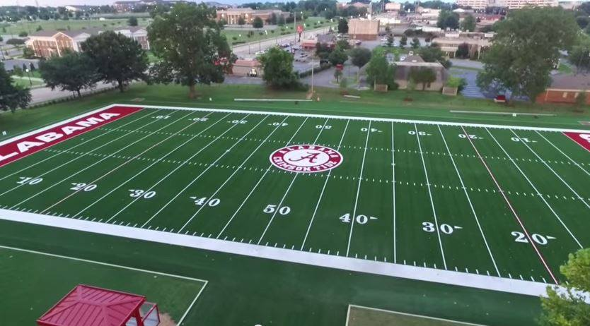 This is NOT Alabama's football field.  This is NOT their practice field.  This IS their band's practice field. https://t.co/khu3w2Rh4j