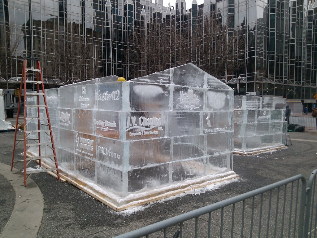 That guy on twitter ice block house under construction for Ice block construction