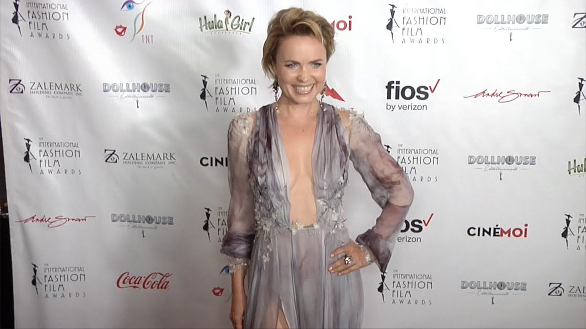 Twitter Radha Mitchell naked (37 foto and video), Topless, Leaked, Selfie, bra 2017