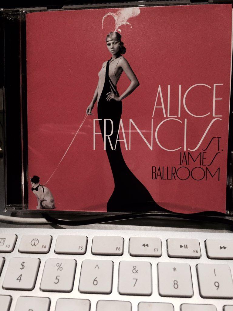 レコーディングのほうも 順調に煮詰まり 先に進まないものですから  ALICE FRANCISさんを聴きますよ