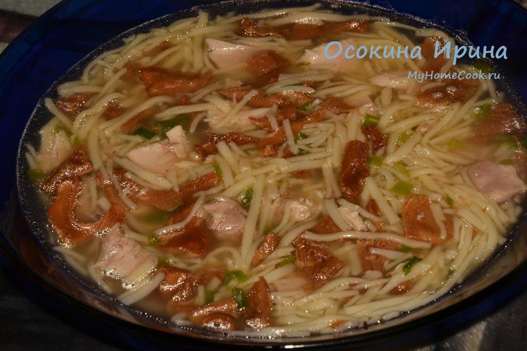 Куриный суп лапша с грибами