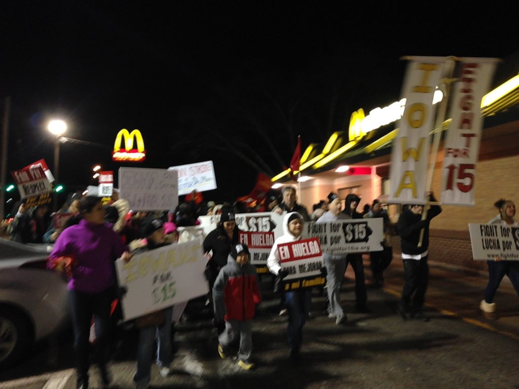 What do we want? 15 and a union! When do we want it? NOW. #FightFor15 #iowa https://t.co/kTEroEb1r7