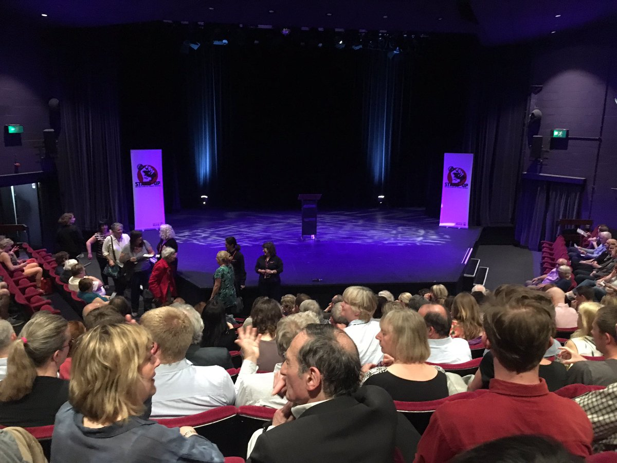 And #ImpactATKent @impactATKent eve continues with @SusanCalman .... soon! Ollie Double introduces her...  hooray!!!<br>http://pic.twitter.com/s9a67fQdk7