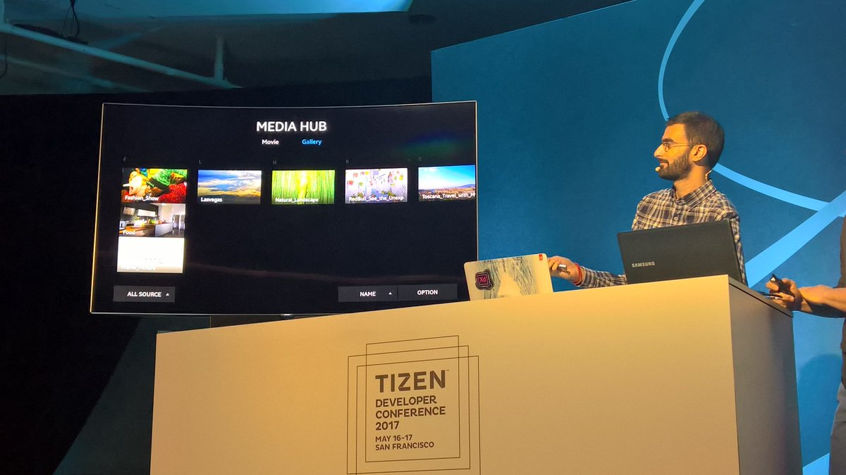 That's @dotnet running on a @Samsung TV! #TDC2017 https://t.co/TZCwnx2l6X