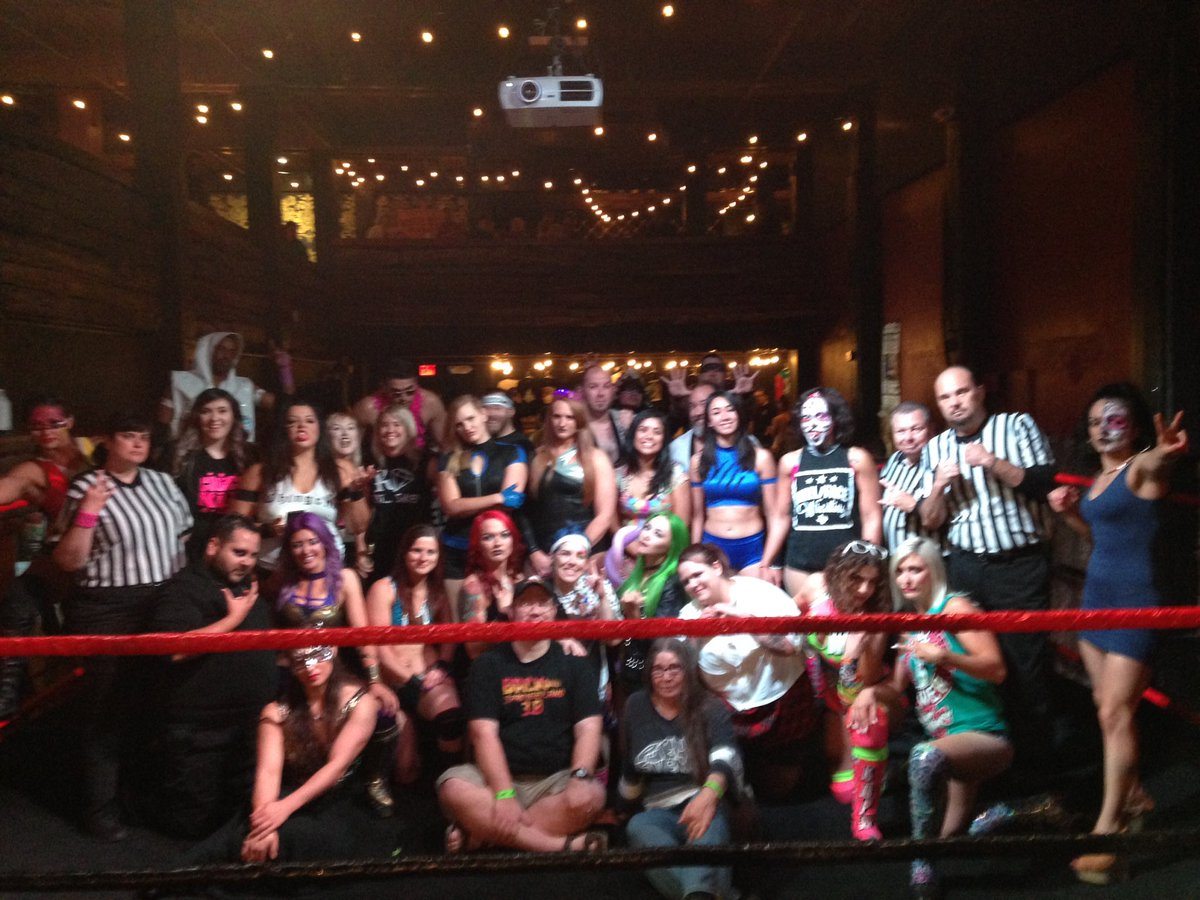 The amount of talent in this picture is crazy. Thank you @sabotage2016 https://t.co/d39UjGhngk