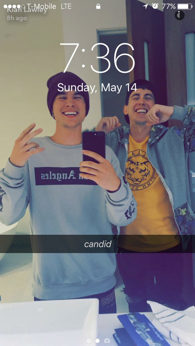 Look who made it to my #lockscreen @KianLawley &amp; @MyGenuineFind looking cute <br>http://pic.twitter.com/kAFF2I3KY2