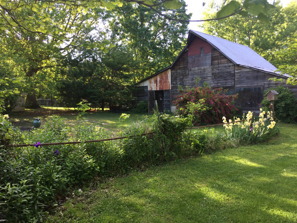 Love my old barn. Such a beautiful #MothersDay #Sunday #countingmybles...