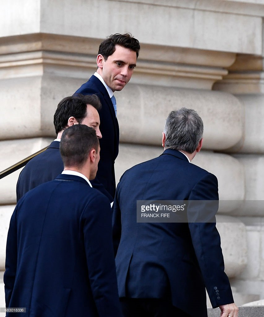 #Paris2024 Singer @mikasounds arrives at the Petit Palais in Paris on May 14, 2017 https://t.co/eugMgcvqDv https://t.co/zgu1exY8mo