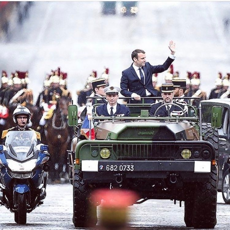 #France #President #Macron yesterday on #French #Army car on the #Champs #Elysees Avenue just after transmission p…  http:// ift.tt/2r7JtQ7     pic.twitter.com/dlrmCxIMBC