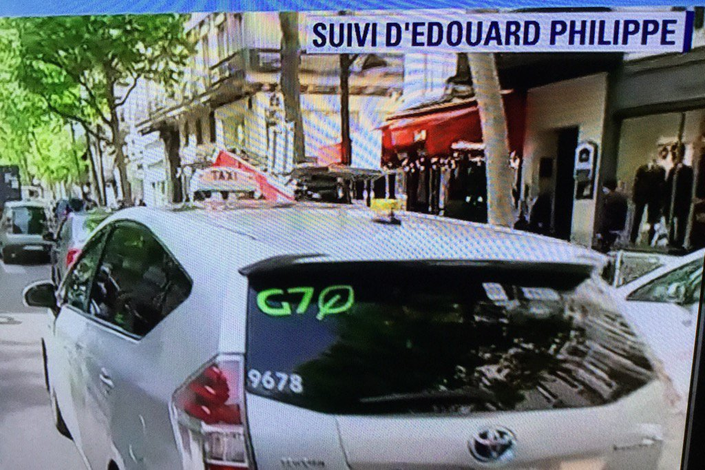 The new #PremierMinistre of France #EdouardPhilippe creating a #publicte for @TAXISG7 #gigeconomy #macronomics