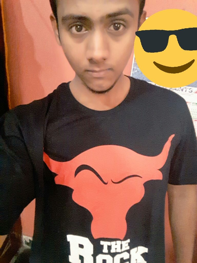 @WWEIndia Thanks team for this amazing T-shirt  of The Rock  Loved it alot #WrestleMania pic.twitter.com/dVTPRD1CWM