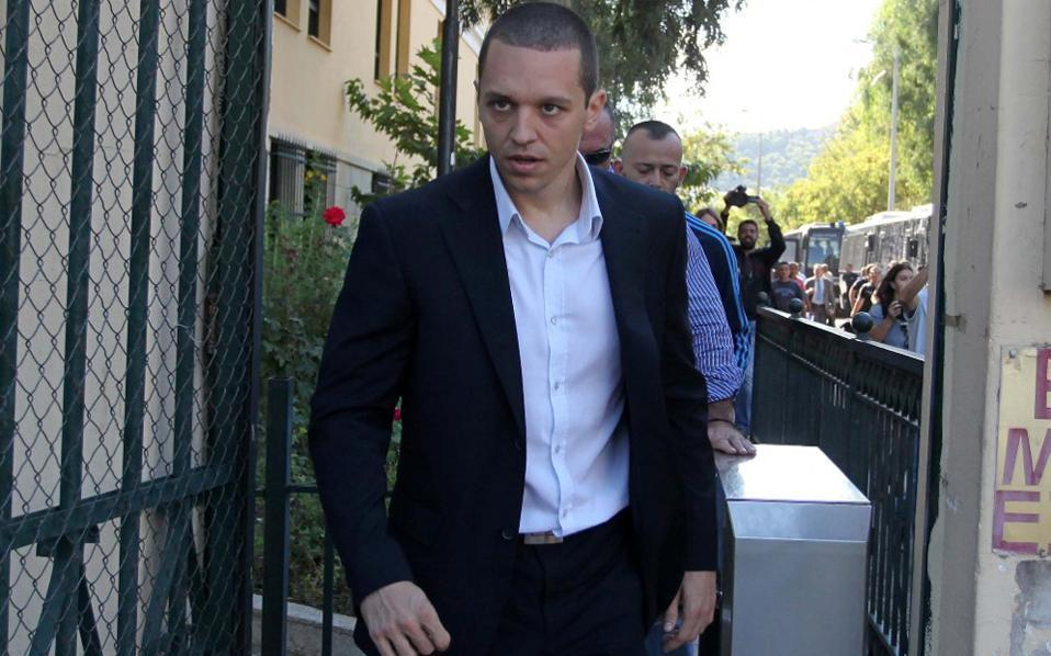 Golden Dawn MP ejected from Parliament for verbal assault