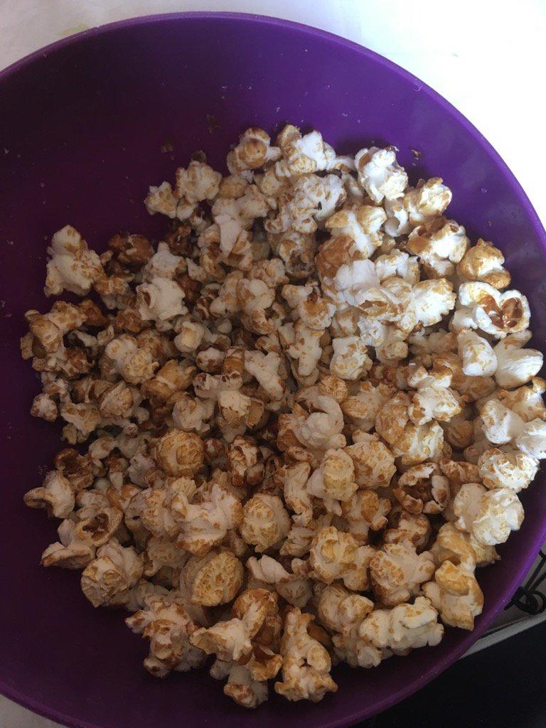 Popcorn  #monavis <br>http://pic.twitter.com/QzZQfbi7NT