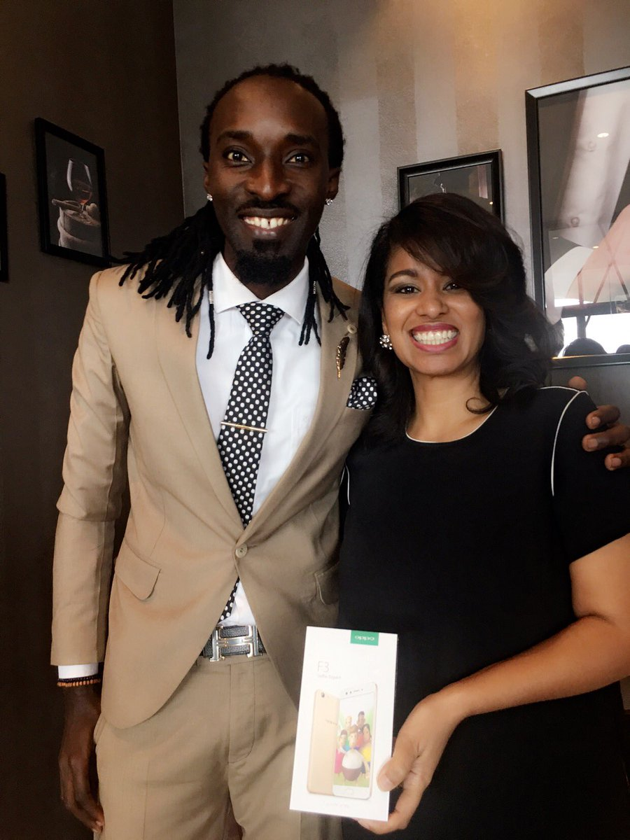 With the amazing @JulieGichuru at the #OppoF3  Launch. #DopePic <br>http://pic.twitter.com/jxqZ9ub4Xq
