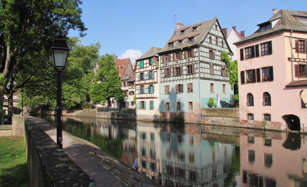 Discovering beautiful Strasbourg: a bucket-list dream come true  http:// wp.me/p3TW9s-2C7  &nbsp;   #traveltips #Strasbourg #myvikingstory<br>http://pic.twitter.com/qW8D0FQkTz